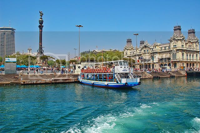 Barcelona Harbor: Las Golondrinas Sightseeing Boat [enlarge]