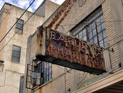 bagley's pharmacy neon 2