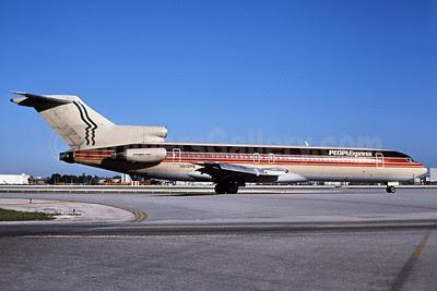 Peoplexpress (People Express Airlines) Boeing 727-232 N512PE (msn 20635) MIA (Keith Armes). Image: 907625.