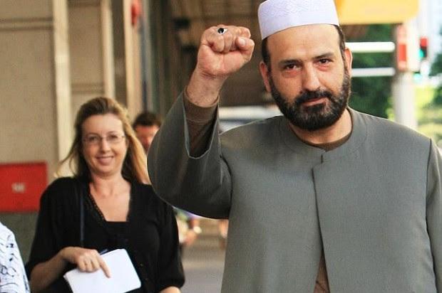 Με κρατικά επιδόματα την έβγαζε ο ισλαμοπίθηκος της Αυστραλίας τα τελευταία 10 χρόνια!