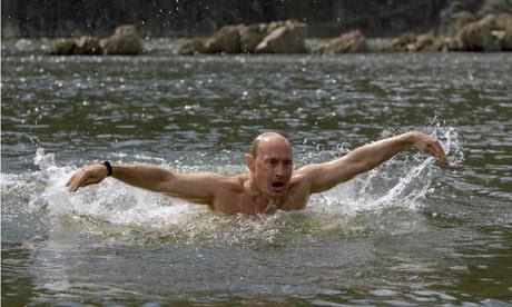 Russia's Prime Minister Putin swims in a lake in southern Siberia's Tuva region