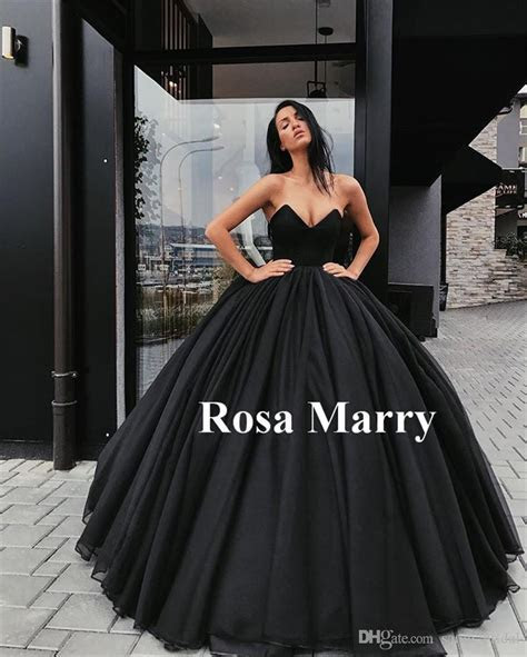 Gothic Black Ball Gown Wedding Dresses 2018 Sweetheart