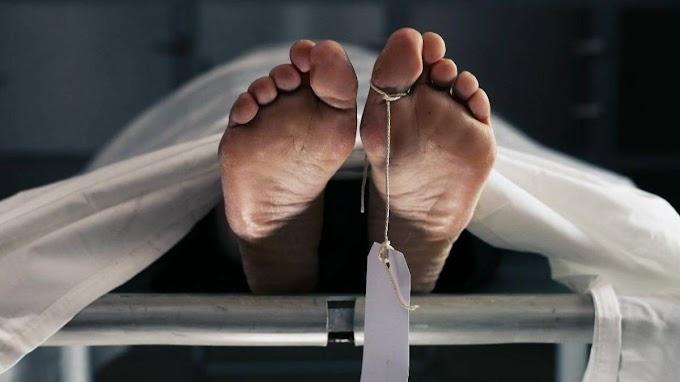 Autópsia em corpo humano
