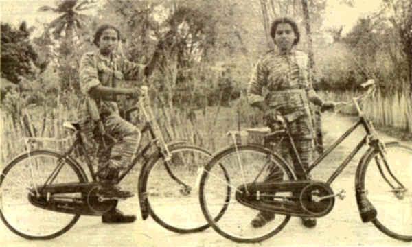 FemaleLTTE1980s.jpg