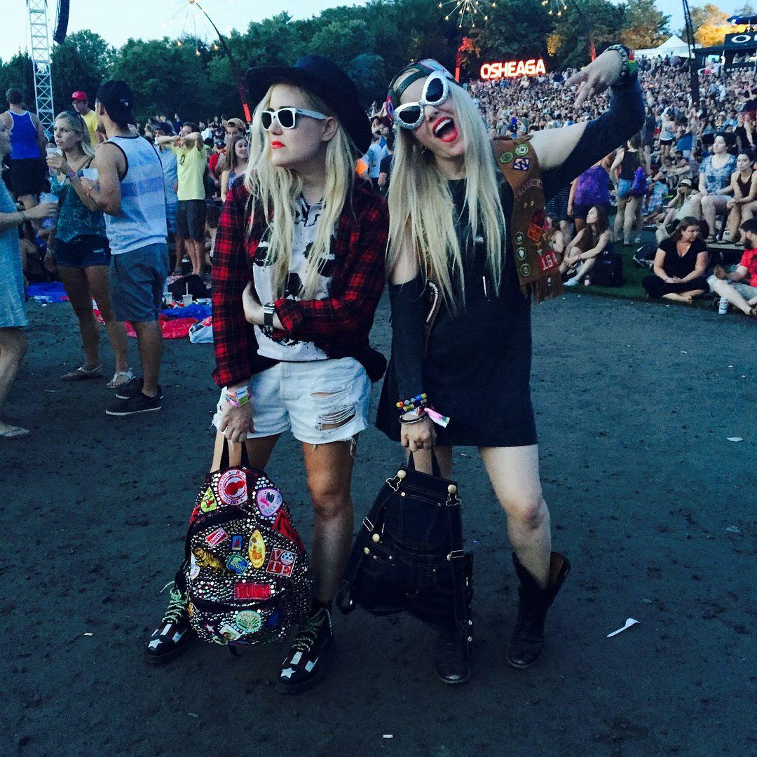 photo samandcaillibeckerman-sisters-osheaga2015_zpsbdxowr6k.jpg