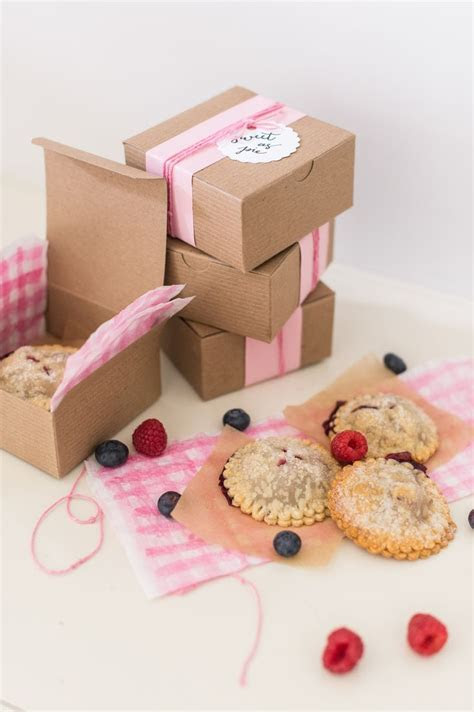 1588 best FAVOR PACKAGING IDEAS images on Pinterest