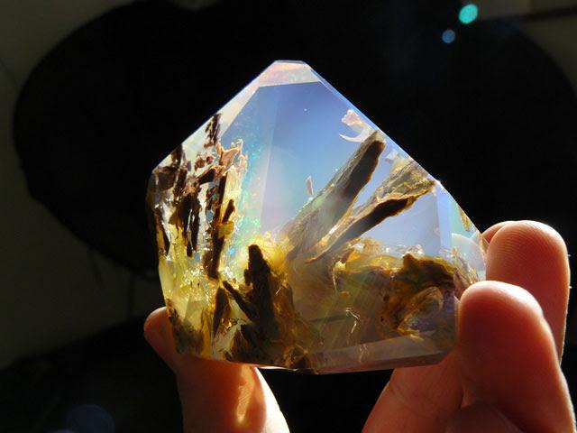 océan à l'intérieur d'une opale Oregon butte (3)