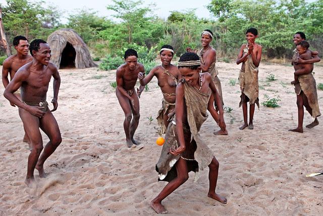 l7TnLXxDLQOf0b6bKMp qvWKCkOL2xM9qev4BclPLE9 60roq9ApyFfx1GTHHsFrhC3nEzi1x7q 67DWHNjBUe lpT8kUovfoguwD3uo3 8 ow=s0 d San Bushmen People, The World Most Ancient Race People In Africa