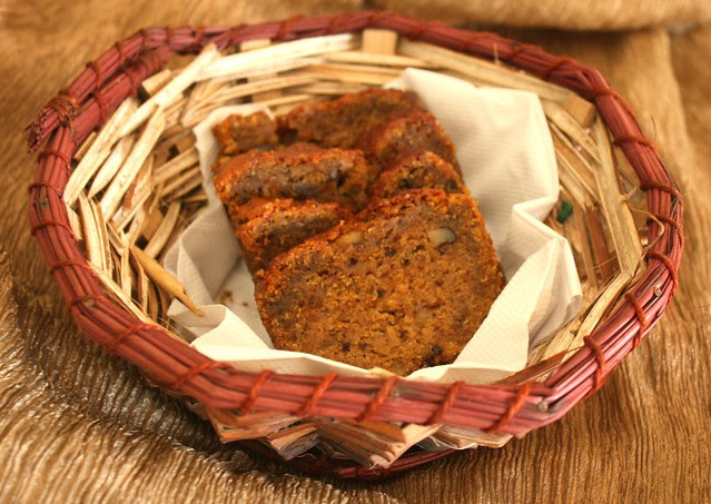 date cake with oil