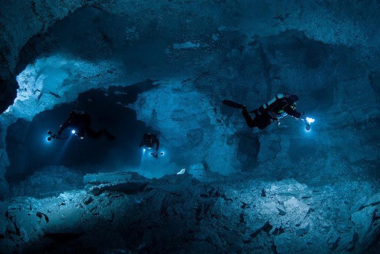 A maior caverna subaquática da Rússia 06