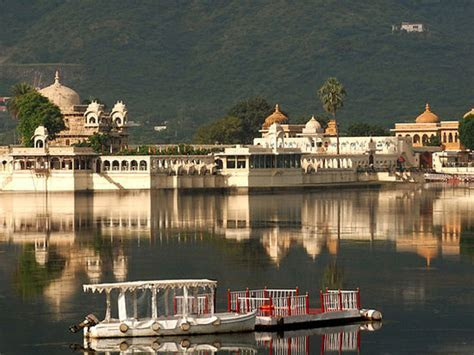 Jagmandir Island Palace   Picture of Jagmandir Island