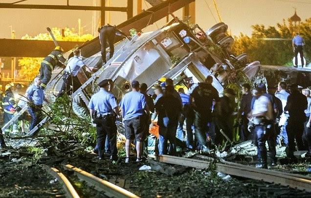 Amtrak train crashes in Philadelphia