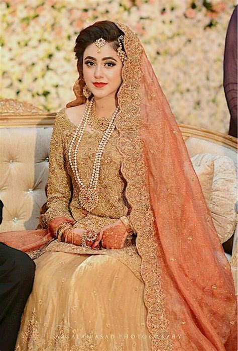 25  best ideas about Desi bride on Pinterest   Desi