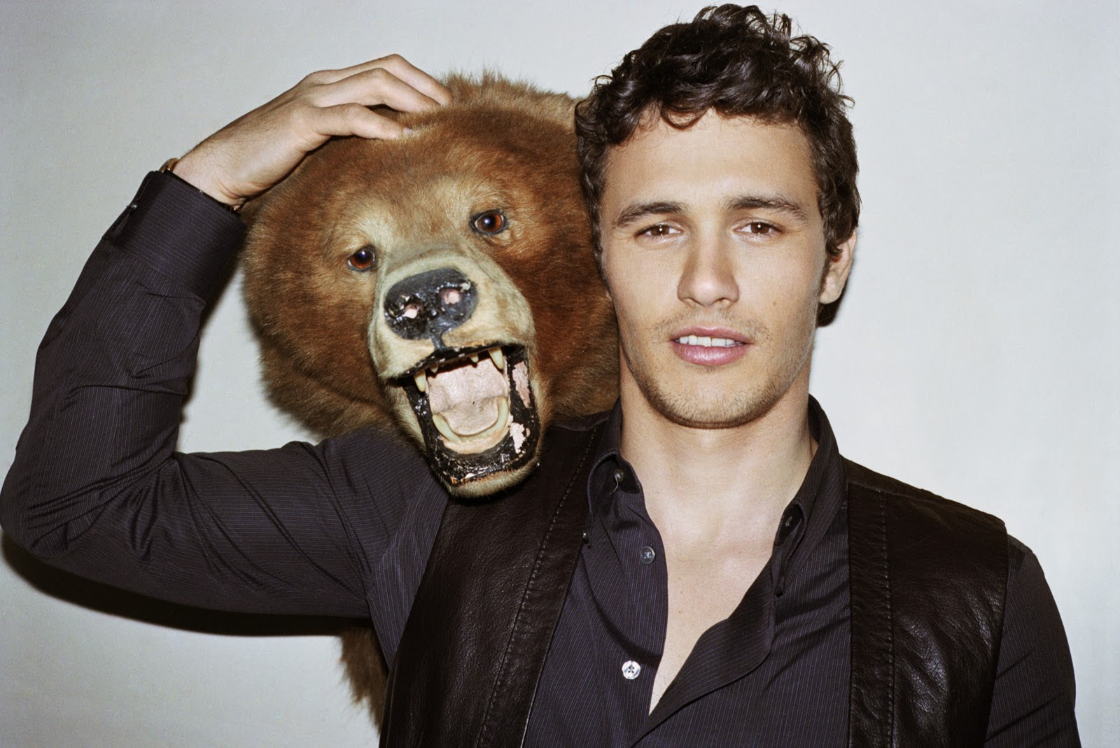 http://www.acclaimmag.com/wp-content/uploads/2013/05/James-Franco-casual.jpg