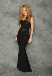 Eva Longoria Parker and George Lopez host the Alma Awards 2009, Shakira performs