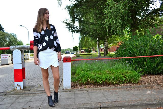 h&m trend dots shirt blouse zara skort white 2013 western biker boots divided belgium belgie fashion blogger silver hardware jewelry zipper esprit watch