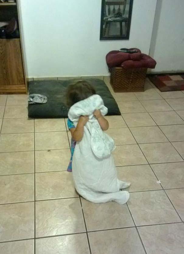 Παιδιά που δεν τα πάνε καθόλου καλά με το κρυφτό (11)