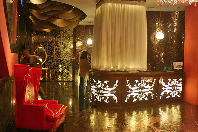 Lobby of the Luxe Manor