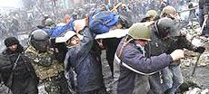 Kiev, militanti colpiti da cecchini