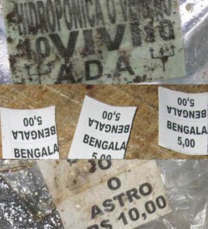 Preços das drogas vendidas na Rocinha. Maconha a R$ 5 e cocaína a R$ 10 (Foto: Rosanne D'Agostino/G1)