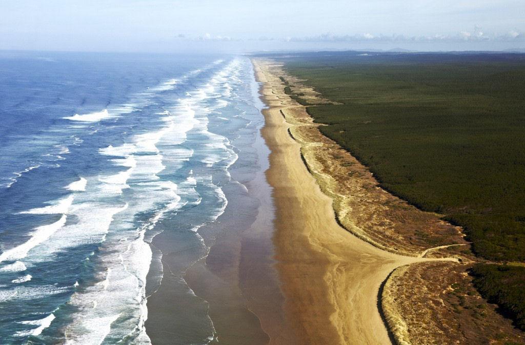 A praia de 150 quilômetros de extensão, na Austrália 03