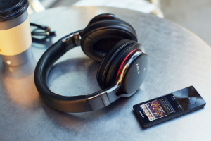 Sony launches the MDR-1ABT, their first headphones with integrated high-quality