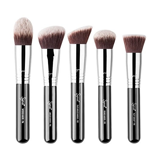 Makeup brushes definition