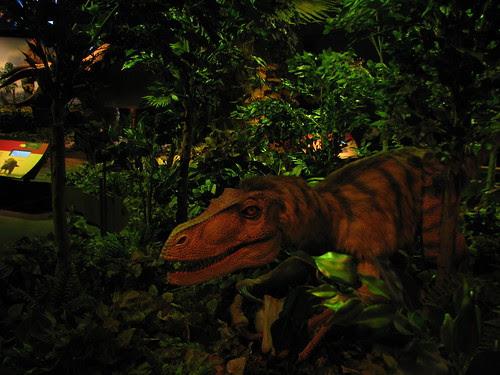 Saurornitholestes Robot