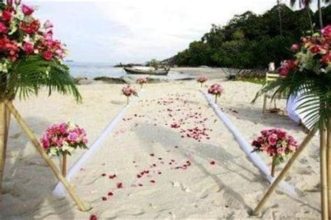 Where is the best place to have a wedding in Phuket?