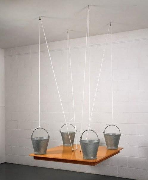 Пародоксальный стол