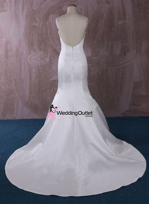 London Simple Mermaid Wedding Gown   WeddingOutlet.com.au