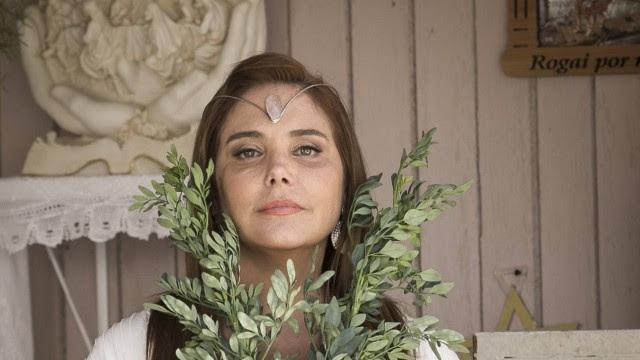Heloísa Perissé é a esotérica Mileide na novela das nove