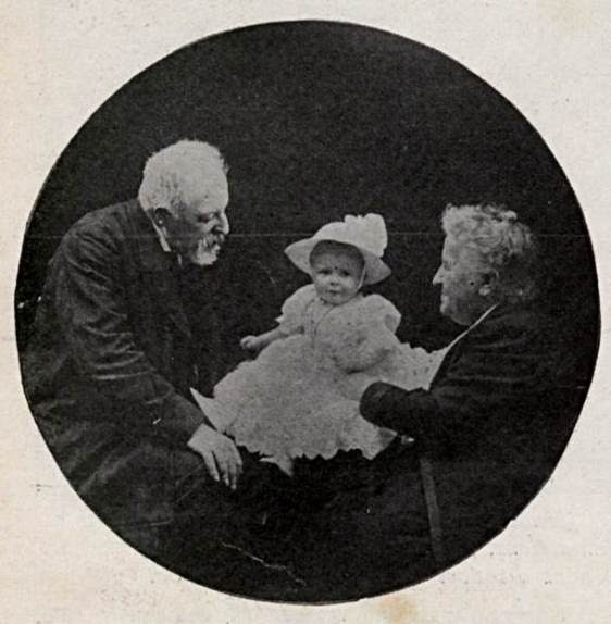 A Princesa Isabel do Brasil, seu marido Gastão de Orléans, Conde d'Eu e o neto Pedro Henrique.