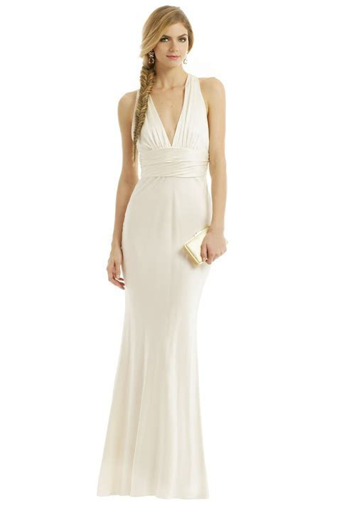 Would You Ever Rent Your Wedding Dress?   StyleCaster