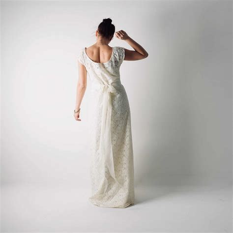 Simple Lace tunic wedding dress ~ Tansy >> Larimeloom