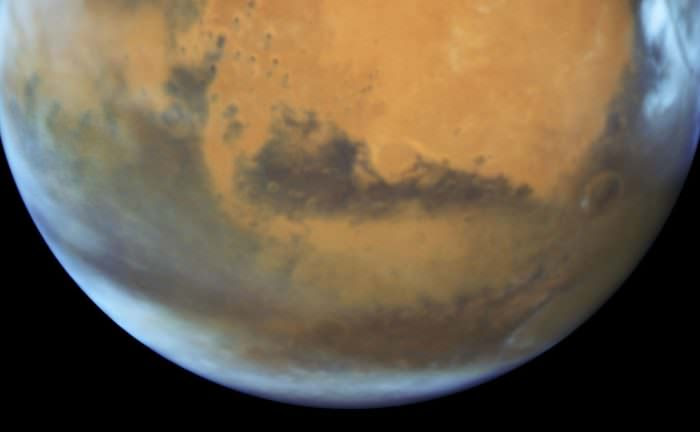 Mars snapped with the Hubble Space Telescope on May 12 just days before opposition. Credit: NASA/ESA