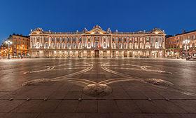 Image illustrative de l'article Place du Capitole de Toulouse