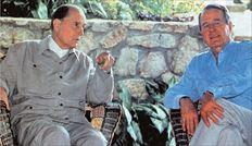 Ο αμερικανός πρόεδρος Ρόναλντ Ρίγκαν  με τον Φρανσουά Μιτεράν το 1986