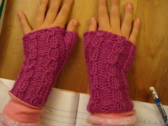 drama girls mitts