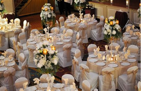 Tips and Tricks to Decorate Your Wedding Tables