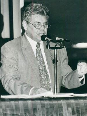 Ronaldo Cunha Lima no Senado, em 1994 (Foto: Arquivo/Jornal da Paraíba)