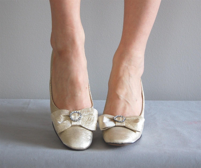 vintage 60s GOLD BOW Metallic Heels