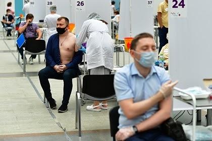 Гинцбург назвал сроки появления в России коллективного иммунитета