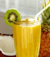 frappé di ananas e kiwi,frappè,frappè di ananas,ananas,kiwi,