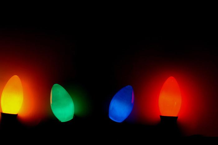 Christmas lights big bulbs christmas ideas lcmf big bulb christmas lights christmas lights small vs large bulbs other topics forum discuss giant bulb outdoor christmas lights ornaments aloadofball Gallery