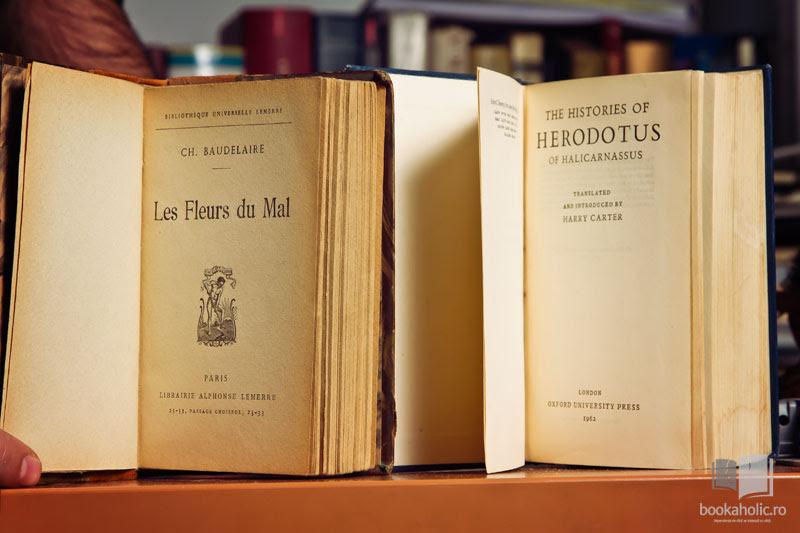 Cărți vechi din bibliotecă