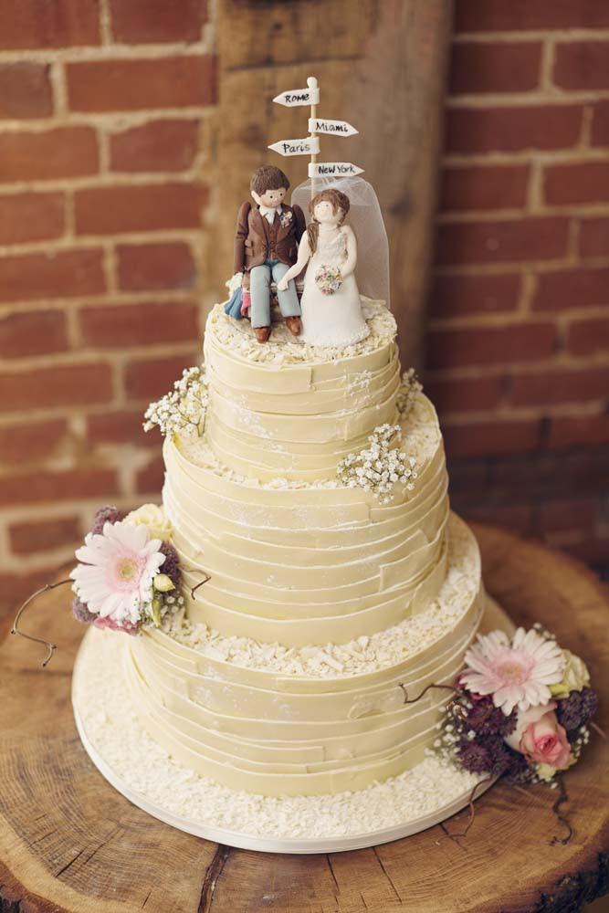 Stunning Wedding Cake at Tudor Barn, Belstead Wedding - www.helloromance.co.uk