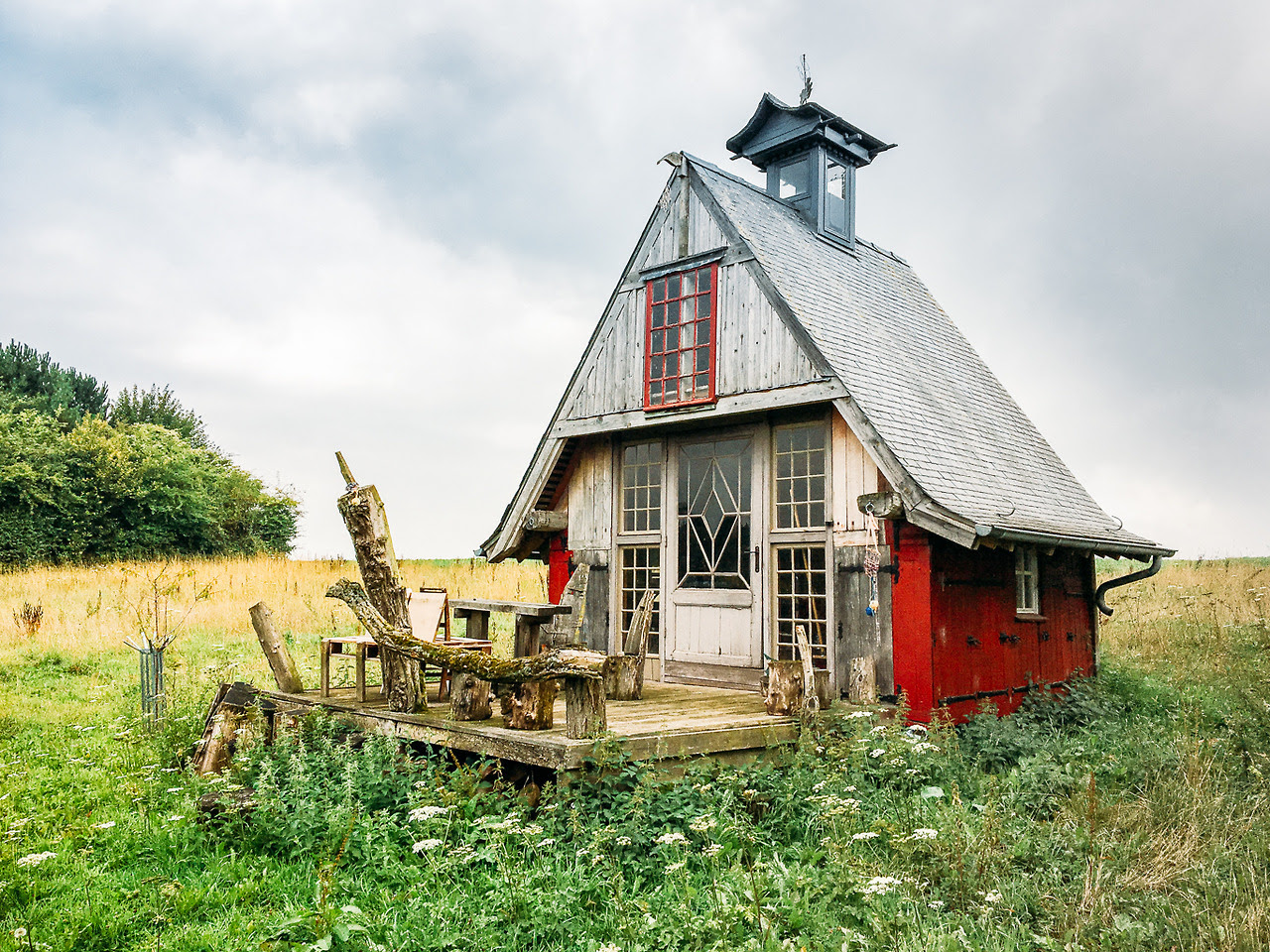 "This cabin is located in Belgium Submitted by Vrankenne Christophe ""The legend says it's was build by an American guy, but no one knows more about this. """