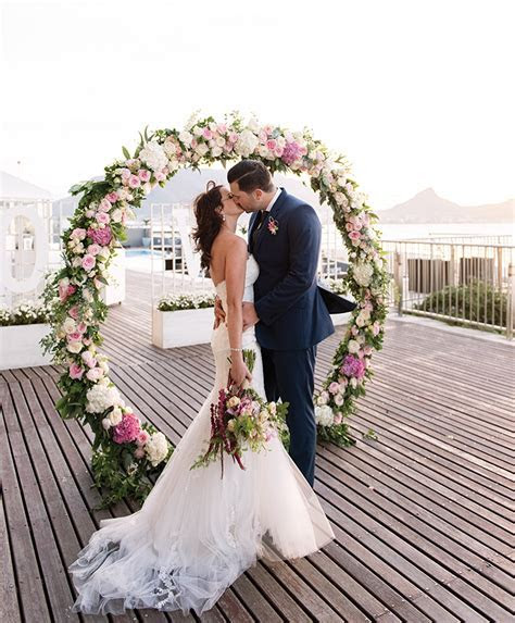 Weddings   Lagoon Beach Hotel & Spa