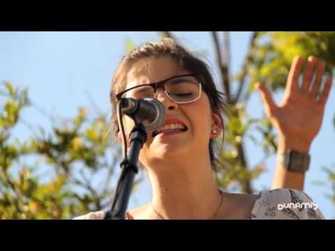 Laura souguellis - Santo Espirito